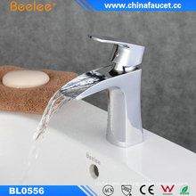Waterfall Bathroom Beattiful Design Lavabo Fregadero de lavabo